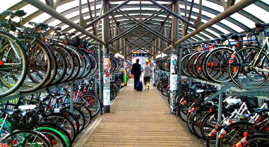 zdjęcie parkingu rowerowego